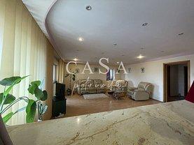 Apartament de vânzare 3 camere, în Constanţa, zona Gara