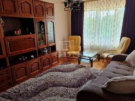 Apartament de vânzare 3 camere, în Târgu Mureş, zona 1 Decembrie 1918
