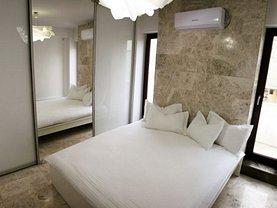 Apartament de vânzare 3 camere, în Bucureşti, zona Calea Victoriei