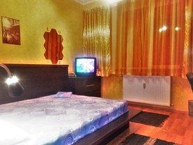 Apartament de vânzare 3 camere, în Bucureşti, zona Iancului