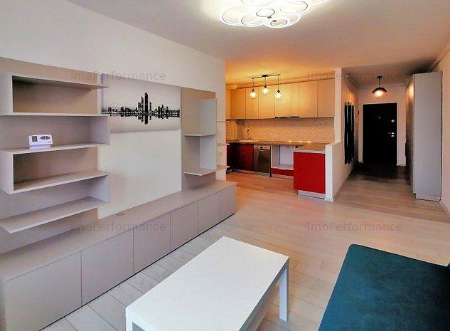 Apartament trei camere LUX + parcare - imaginea 1