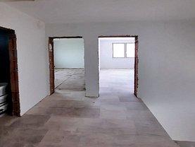 Casa de vânzare 4 camere, în Cluj-Napoca, zona Baciu