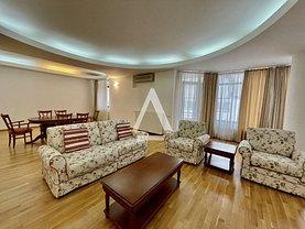 Apartament de vânzare, în Bucureşti, zona Primăverii