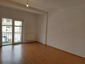 Casa de vânzare sau de închiriat 11 camere, în Bucureşti, zona Vatra Luminoasă