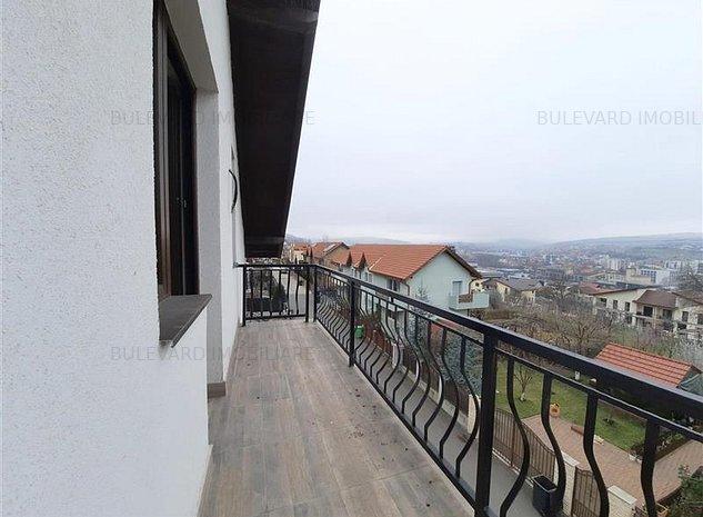 Apartament 4 camere la vila in Gruia! 91 mp utili +16 mp balcon+ garaj + 2 locur - imaginea 1
