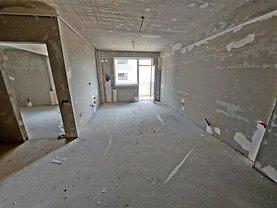 Apartament de vânzare 2 camere, în Floresti, zona Central