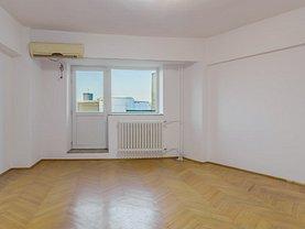 Apartament de închiriat 4 camere, în Bucureşti, zona P-ţa Unirii