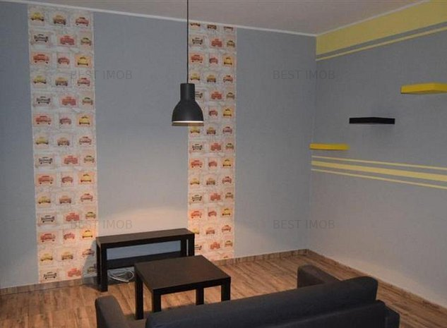Garsoniera -  transformata in 2 camere.  Bulevardul Brancoveanu - imaginea 1