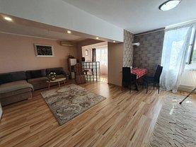 Apartament de vânzare 3 camere, în Galaţi, zona Central