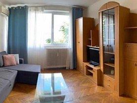 Apartament de închiriat 3 camere, în Bucureşti, zona Ştefan cel Mare