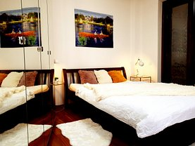 Apartament de închiriat 3 camere, în Bucureşti, zona Universitate