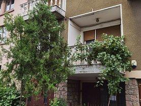 Casa de vânzare 7 camere, în Oradea, zona Cantemir