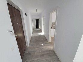 Apartament de vânzare 3 camere, în Bucureşti, zona Colentina