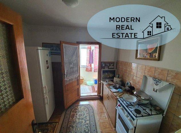 Apartament 2 camere,semidecomandat,zona Inel I. - imaginea 1