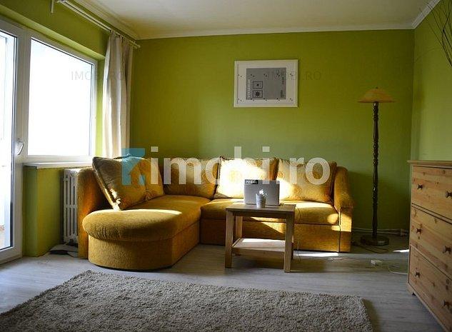 Apartament cu 3 camere, amenajat cu mult gust si o locatie de exceptie - Centru - imaginea 1