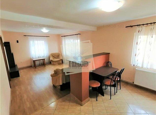 Apartament decomandat cu 3 camere 2 bai si 2 balcoane in Turnisor - imaginea 1