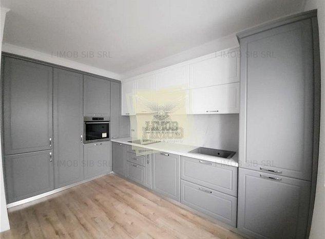 Casa individuala incalzire in pardoseala 4 camere 3 si carport in Selimbar - ID - imaginea 1