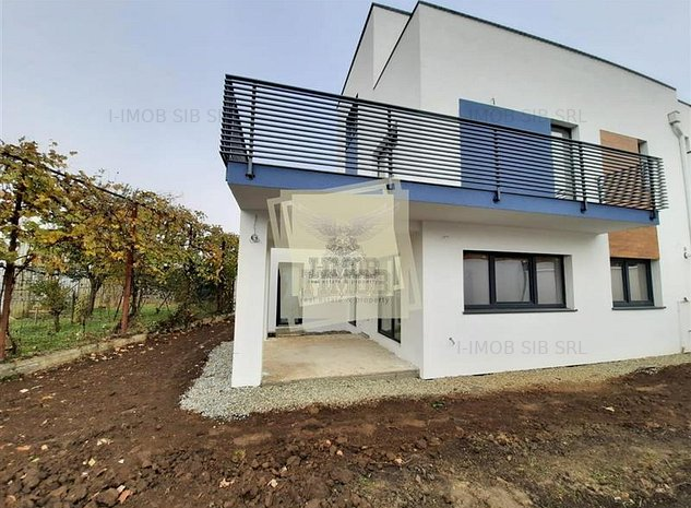 Casa individuala cu 4 camere 4 bai 3 terase in Selimbar Comision 0% - ID 127 - imaginea 1
