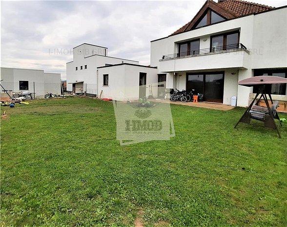Casa individuala 7 camere 220 mp utili garaj si teren 510 mp zona Lidl-Selimbar - imaginea 1