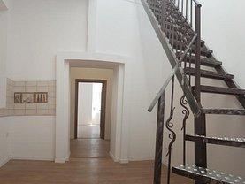 Apartament de vânzare 3 camere, în Bucureşti, zona Universitate