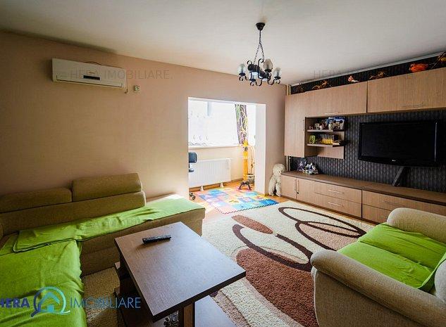 Apartament 2 camere decomandat Alfa parter cu balcon si centrala proprie - imaginea 1