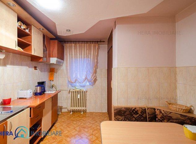 Apartament 2 camere Boul Rosu - imaginea 1