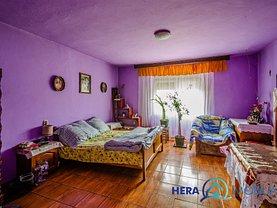 Casa de vânzare 3 camere, în Felnac