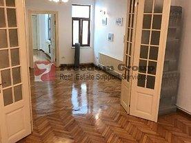Casa de vânzare 16 camere, în Bucureşti, zona Cişmigiu