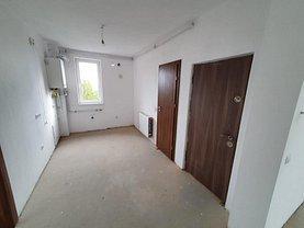 Apartament de vânzare 5 camere, în Cisnădie, zona Central