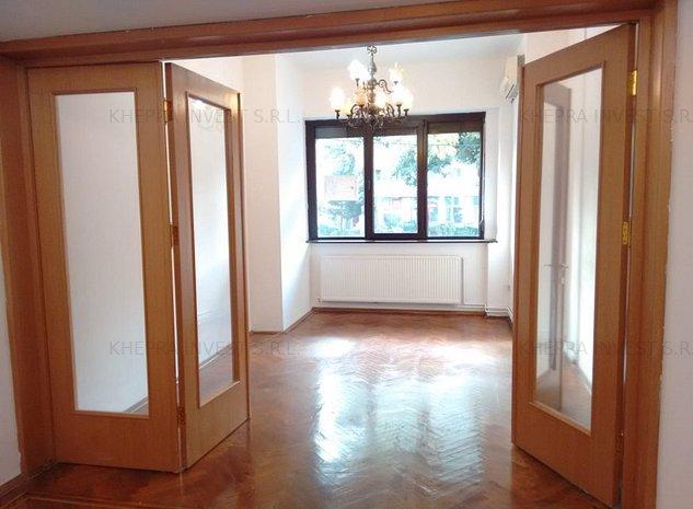 Inchiriez apartament superb,5 camere Universitate, - 1000 E, fara risc seismic! - imaginea 1