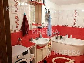 Casa de vânzare 5 camere, în Bucureşti, zona Andronache