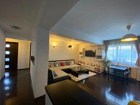 Apartament de vânzare 3 camere, în Bucureşti, zona Prelungirea Ghencea
