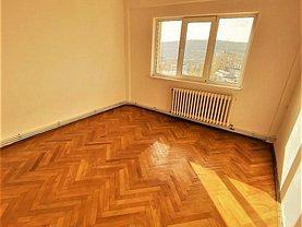 Apartament de vânzare 4 camere, în Iaşi, zona Zimbru