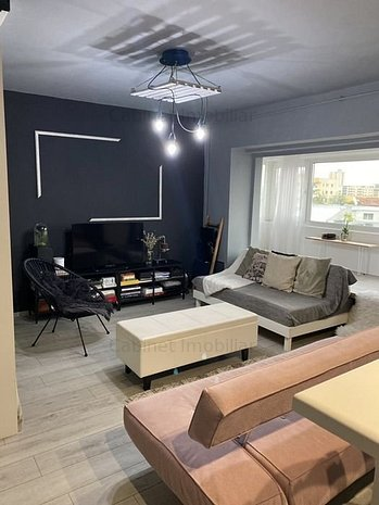 Apartament cu o cameră, zona Cug - imaginea 1