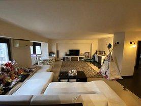 Apartament de vânzare 4 camere, în Iaşi, zona Gară