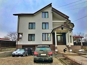 Casa de vânzare 9 camere, în Iaşi, zona Tătăraşi