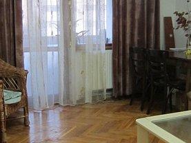Apartament de închiriat 3 camere în Buzau, Balcescu