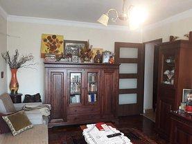 Apartament de vânzare 3 camere, în Buzău, zona Dorobanţi 1