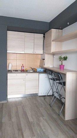 Apartament o camera, 30 mp + balcon, bloc nou, zona Fujikura, Intre Lacuri - imaginea 1