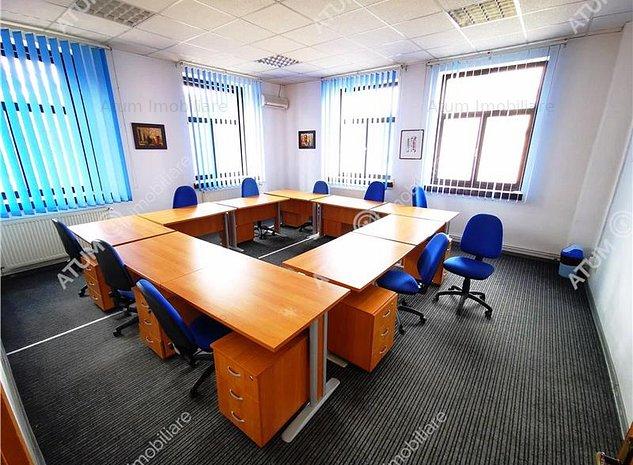 Spatiu de birouri 1600 mp cu 30 parcari in zona ultracentrala - imaginea 1