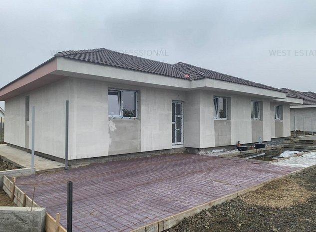 Duplex de vanzare cu 3 camere in Mosnita  - imaginea 1