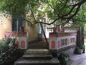 Casa de vânzare 10 camere, în Bucureşti, zona P-ţa Romană