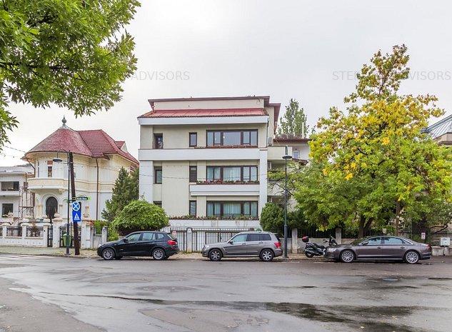 Dorobanti Capitale - Apartament in vila cu gradina si terasa de 64 mp - imaginea 1