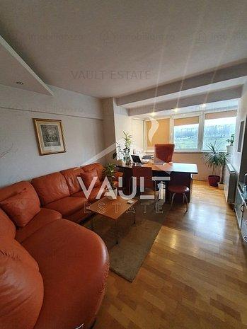 Cod P1531 - Apartament 3 camere Bvd. Libertatii - Piata Constitutiei - imaginea 1