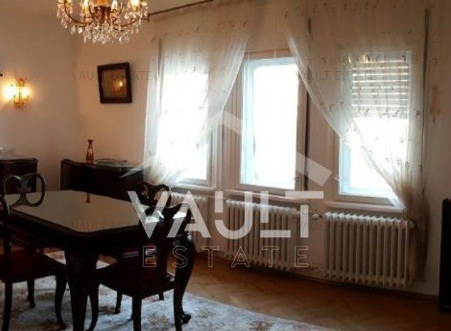Casa cu o curte foarte mare in zona Grozavesti - imaginea 1
