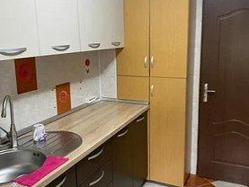 Apartament de închiriat 3 camere, în Bucureşti, zona Colentina