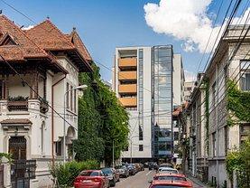 Apartament de vânzare 4 camere, în Bucureşti, zona Dacia