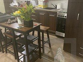 Apartament de vânzare 3 camere, în Braşov, zona 15 Noiembrie