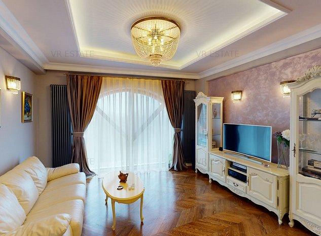 Apartament langa Palatul Parlamentului - Tur virtual - imaginea 1