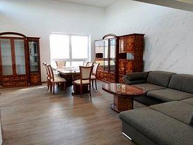 Penthouse de vânzare 3 camere, în Cristian